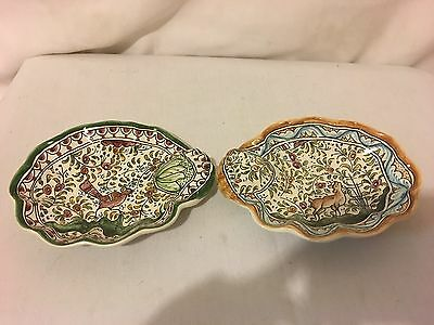 Pair Of Ceramics De Coimbra Portugal Pottery 505 Hand Painted Scallop Shell Bowl