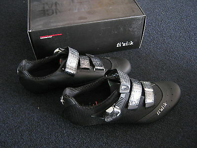 Fizik R1 Uomo racing carbon shoes black with kangaroo leather