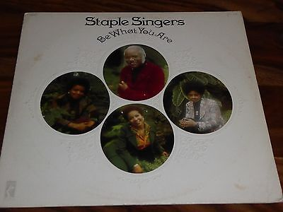 """The Staple Singers """"be What You Are"""" 1973  Stax Vinyl Album Motown Northern Soul"""