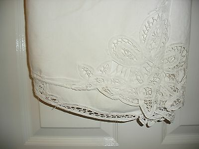 """Cotton Round Vintage Embroidered And Cut Out Work Tablecloth 64"""" Round"""