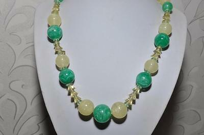Lovely Vintage Art Deco Glass Necklace Of Swirled Glass & 'glitter' Glass Beads