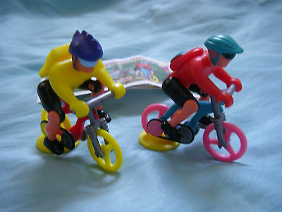 Kinder Surprise Toys - 2 German Mountain Bikers with BPZ papers - 1997