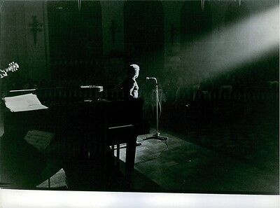 Vintage photo of Édith Piaf performing on stage. 1962.