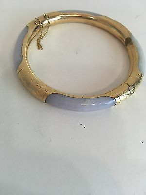 Lavender Jade Stone Opalesque and 14 K Gold Bangle Bracelet fastener chain clasp