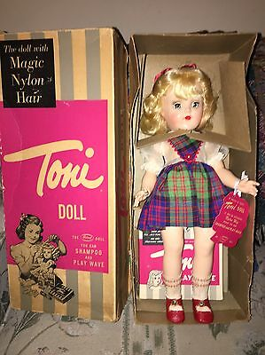 1950's IDEAL BLONDE TONI DOLL P-90 IN THE ORIGINAL BOX Wrist Tag.