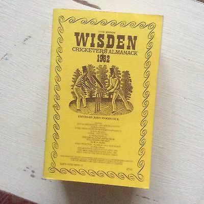 1982 Wisden Cricketers' Almanack Linen Backed