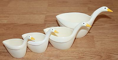 Vintage Melamine Stacking Geese Measuring Cups - Nesting Set