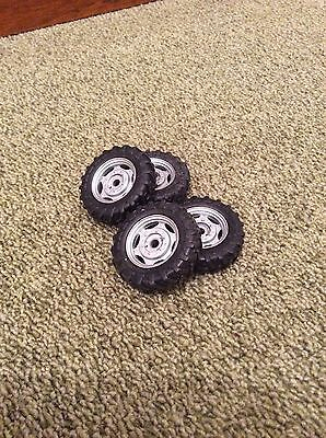 1/32 Scale Like Britains Farm Tractor Front Wheels Spares/repairs/conversions