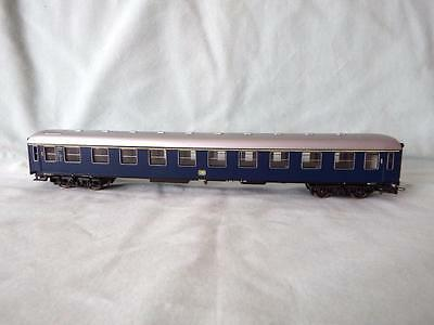Rivarossi German Rlys DB Ist Class Coach in Blue Livery in Excellent Condtn #1