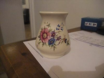 Superb Axe Vale Pottery Of Devon Small Vase