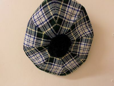 HAT/BERRY made by Clan Royal med.Scotland.