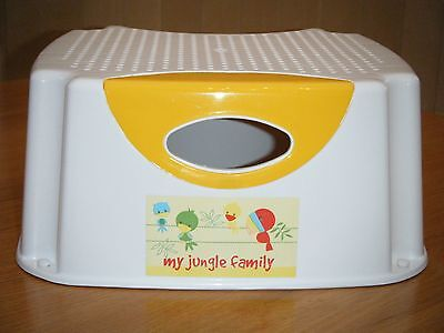 MOTHERCARE 'My Jungle Family' WHITE & YELLOW PLASTIC CHILD'S STEP / STOOL