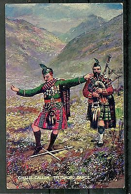 Postcard : Scottish Highlands Dancing the Sword Dance with Pipier