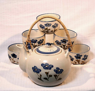 Chinese tea pot teapot with bamboo handle and 6 cups