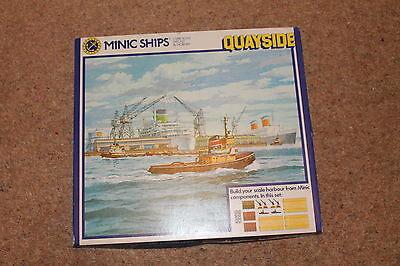 Hornby - Minic Ships Quayside M905 - 1/1200 Scale Complete