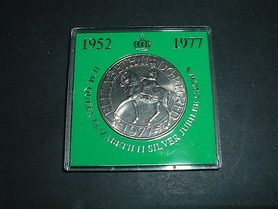 1977  The Queens Silver Jubilee Crown  Bid now  just  99p