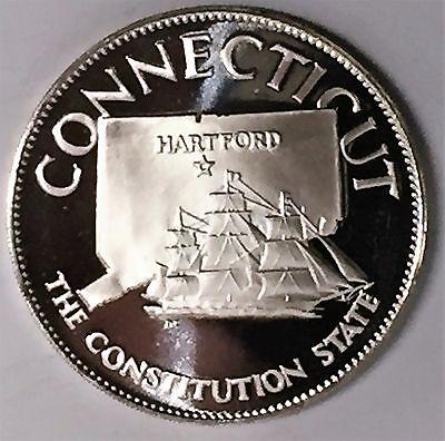 C2085    Franklin  Mint  Sterling  Silver  Medal,  State Of  Connecticut