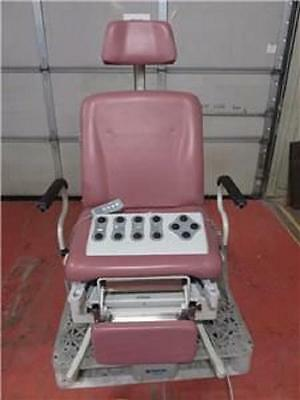 UMF Medical 4011 Power Procedure Exam Table / Chair with Remote & Foot Control