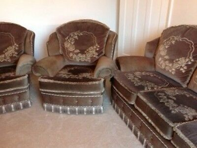 A Three Piece Suite Comprising 2 Armchairs And A 3 Seat Sofa