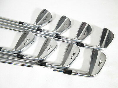 "TITLEIST MB 712 FORGED IRONS (3-PW) w/ Dynalite Gold XP Steel STIFF (+1/2"")"
