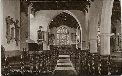 [1029] Carmarthenshire Colored Postcard St Peter's Church Carmarthen (Interior)