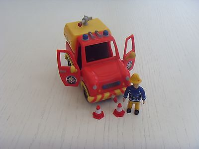 2009 Venus Fire Truck with Sam and Two Cones
