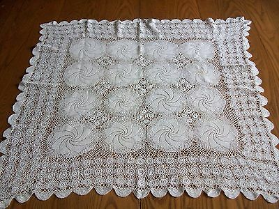 """Lovely Vintage 30"""" White Hand Crocheted Table Topper Tablecloth"""