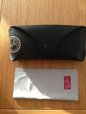 Ray Ban Wayfarer Sunglasses Case And Cloth Wipe