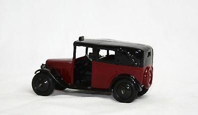 *RESTORED* DINKY TAXI WITH DRIVER No.36g