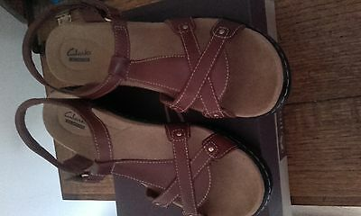 Ladies Brown Clarks Sandals size 8
