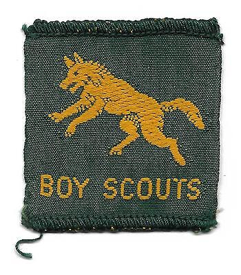 Leaping Wolf Half Bordered Gold Coloured Scout Badge