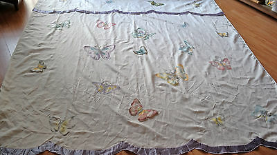 SHOWER CURTAIN w BUTTERFLY MOTIF
