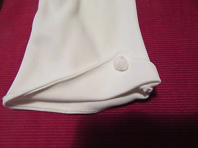 Pr. Vintage white cotton mix ladies gloves cloth button cuff S