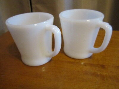 "Vintage Fire King "" D "" handle milk glass coffee mugs cups lot of 2  Great VGUC"