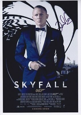 SKYFALL DANIEL CRAIG SIGNED POSTER APPROX 12x8INCHES