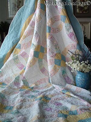 Expertly Quilted VINTAGE 30s Wedding Ring QUILT Beautiful Border 90x78""