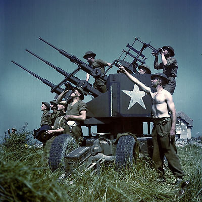 WWII Color Photo US Army Anti-Aircraft Gun & Crew WW2 World War Two US Army