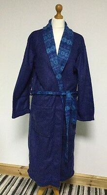 """Men's Dressing Gown Country Club One Size Fits Most / Measures 25""""Underarm To"""