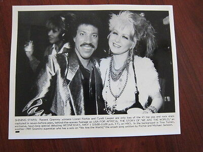 CYNDI LAUPER  Lionel Richie  8x10 photo