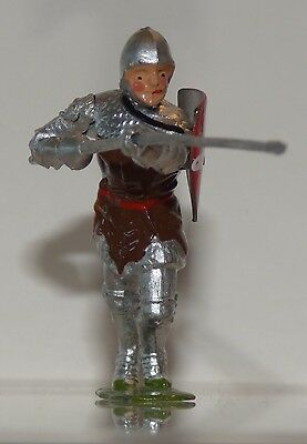 BKA03 - Britains Knights of Agincourt - in brown with lance VGC
