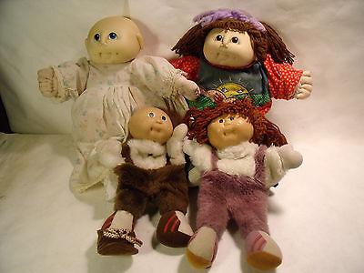 Lot of 4 Cabbage Patch Dolls Two 1984 & Two Cabbage Patch Puppets