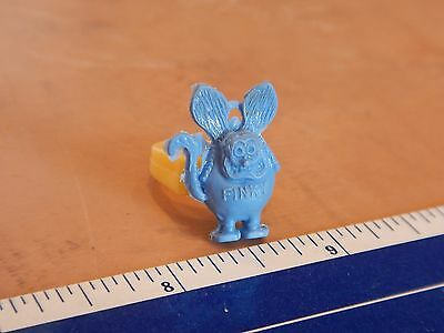 Vintage Small Blue Rat Fink  Novelty Ring - .75 Inches    Rat Fink    Ed Roth