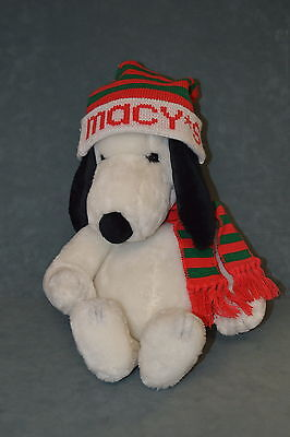 Peanuts MACY'S CHRISTMAS VINTAGE SNOOPY Plush Knit Hat & Scarf NM