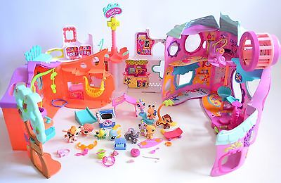 Huge bundle of littlest pet shop figures and play sets VCG