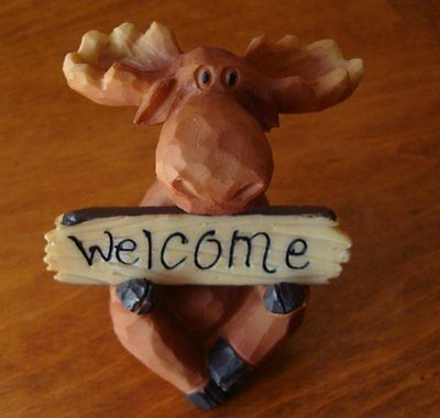 WELCOME / GO AWAY Lodge Sign Faux Wood Carved MOOSE Cabin Figurine Home Decor
