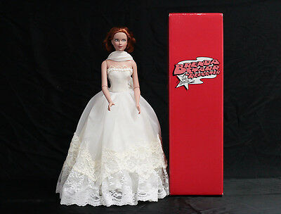 beautiful EFFANBEE BRENDA STARR REPORTER doll BRIDE