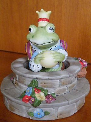 """The Frog Prince  Figurine  by Maggie Murphy 1986 """"THE FRANKLIN MINT"""""""