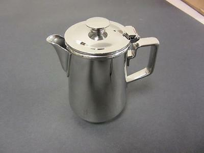 Oneida 7 oz Milk Cream Creamer Jug Cup Pitcher with Handle and Lid Chrome New