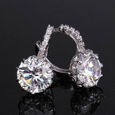 18 kt white gold Round Cut lever back Diamond Earrings 3 CT****