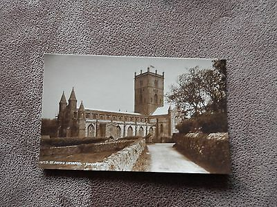Early Judges postcard - St Davids cathedral - Pembrokeshire